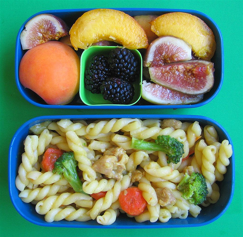Leftover remake: Curry pasta lunches